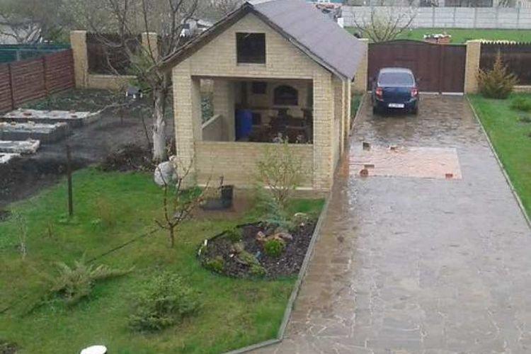 Продам дом с участком по адресу Украина, Харьковская область, Старый Салтов, Октябрьская улица фото 0 по выгодной цене