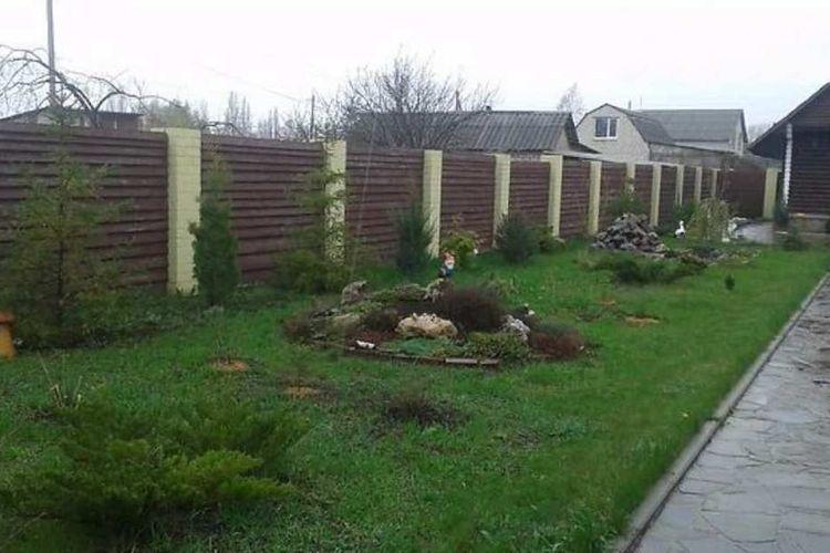 Продам дом с участком по адресу Украина, Харьковская область, Старый Салтов, Октябрьская улица фото 1 по выгодной цене